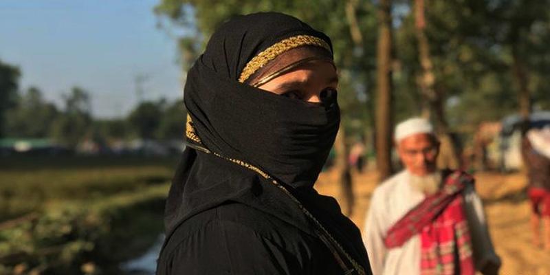 যৌনকর্মী হিসেবে বিক্রি হচ্ছে রোহিঙ্গা নারীরা